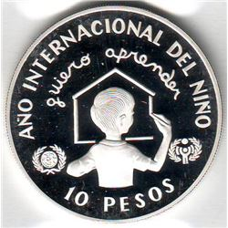 Dominican Republic: 10 pesos 1982(o), International Year of the Child, KM # 57. Proof coin containin