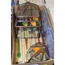 BOX WITH (2) SMALL  ATRIUMS, GLASS TRAY AND