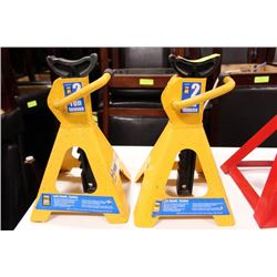 PAIR OF JACK STANDS ON CHOICE: YELLOW