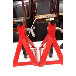 PAIR OF JACK STANDS ON CHOICE: RED