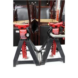 PAIR OF JACK STANDS ON CHOICE: BLACK