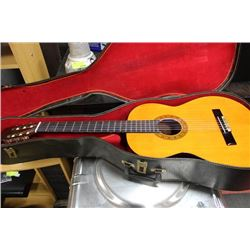 CLASSICAL ACOUSTIC GUITAR WITH CASE
