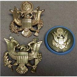 3 U.S. OFFICER'S & ENLISTED VISOR CAP INSIGNIA