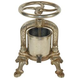 Kitchenware French meat or juice press, nickel-plated cast iron, Depose-France cast on bottom, fancy