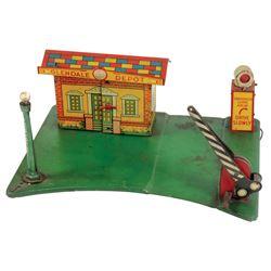 "Toy, Marx Glendale Depot w/station, street light, crossing arm, etc., litho on tin, VG cond, 5.5""H x"