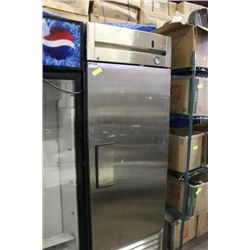 S/S SINGLE DOOR COOLER