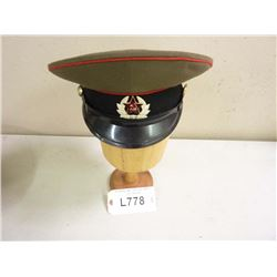 RUSSIAN MILITARY HAT WITH HAT BADGE