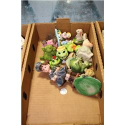 FLAT W/ 13 COLLECTIBLE FIGURINES INCLUDES: