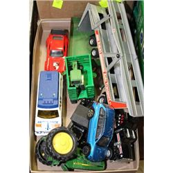 TRAY WITH JOHN DEER TRACTOR, CARS ECT