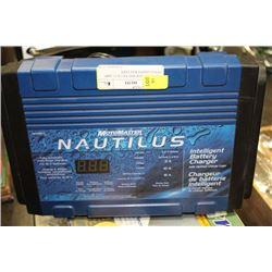 MOTOMASTER NAUTILUS 15 AMP INTELLIGENT BATTERY