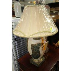 PAIR OF VASE DESIGN LAMPS