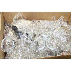 ESTATE BOX OF CRYSTAL GLASSES
