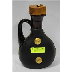WINE AND LEATHER DECANTER FROM SPAIN