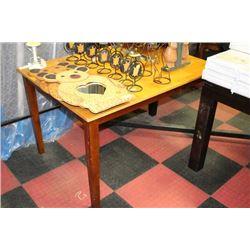 2 TONE KITCHEN TABLE***