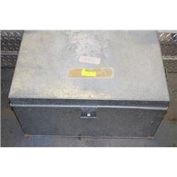 GOVENOR STORAGE BOX - WATERPROOF