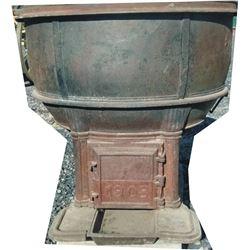 1908 lard pot on base
