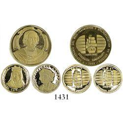 Set of 3 Dominican Republic gold medallions, 1992, Columbus commemoratives, 10.99 grams total.