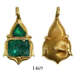 Small gold pendant with two high-grade emeralds. Spanish 1715 Fleet, east coast of Florida