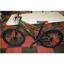 SPECIALIZED24 SPEED FRONT SUSPENSION MOUNTAIN BIKE