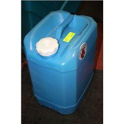 LIGHT BLUE WATER PACK X4