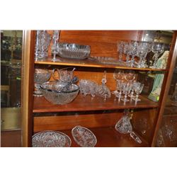 LARGE CRYSTAL COLLECTION