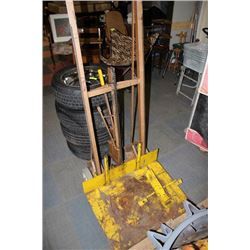 HYDRAULIC DOLLY *SELLING AS IS*