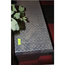 ALUMINUM TRUCK TOOL BOX SIZE:82 X 16 X 14