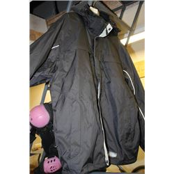 "NEW SIZE XL MENS  ""Wet Skins""  WATERPROOF JACKET"