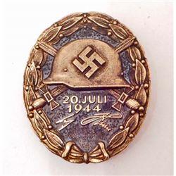 GERMAN NAZI GOLD JULY 20 1944 ADOLF HITLER WOUND BADGE