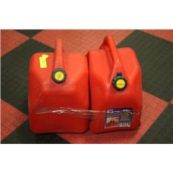 2 RED 20 LITRE GAS CANS