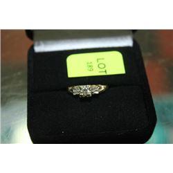 GOLD/DIAMOND ENGAGEMENT RING