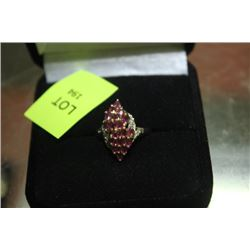 LADIES RING W/ RUBY AND DIAMOND ACCENTS