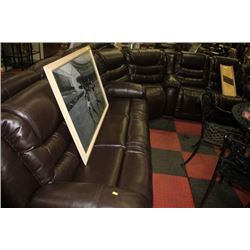 NEW CHOCOLATE BROWN LEATHER RECLINING SOFA/