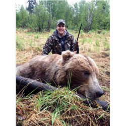 10-Day Alaska Dangerous Game Hunt for One Hunter- Includes Trophy Fees and Salmon Fishing!