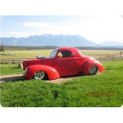 BEAUTIFUL 1941 CUSTOM WILLYS SHOW CAR