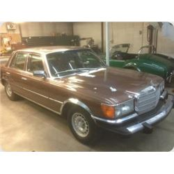 NO RESERVE! 1975 MERCEDES BENZ 450SE