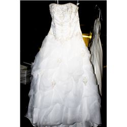 BILL VKOFF WEDDING DRESS SIZE:10