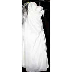 ELLA ROSA BE62 WEDDING DRESS SIZE:12