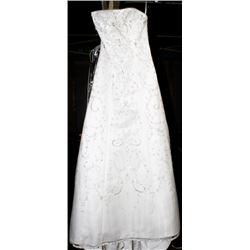 MOONLIGHT LH9900 WEDDING DRESS SIZE:10