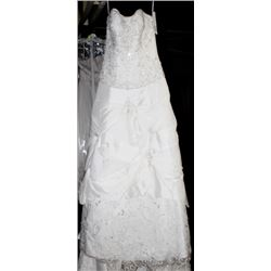 MORI LEE 2138 WEDDING DRESS SIZE:12