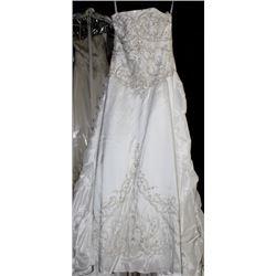 BILL LAVKOFF5614TD WEDDING DRESS SIZE:8