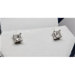 #20 14K GOLD DIAMOND 0.70ct EARRINGS W/ SCREWBACKS