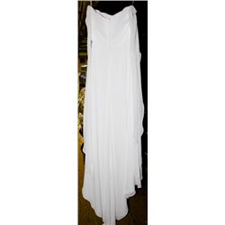 WHITE WEDDING DRESS SIZE: 12W