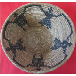 Mono Figured Basket