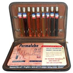 Petroliana salesman's sample case, Standard Oil Permalube embossed zippered case w/9 sample glass vi