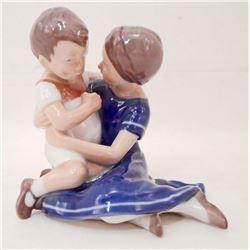 VINTAGE BING & GRONDAHL MOTHER & SON FIGURINE