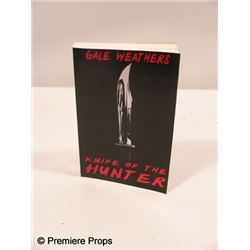 Scream 4 Gale Weathers-Riley (Courteney Cox) 'Knife of the Hunter' Book Movie Props
