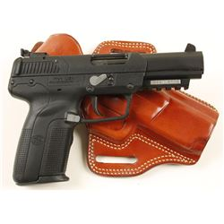 FN Herstal Five Seven Ca: 5.7x28mm SN: 386146714