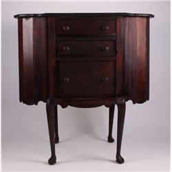 American Martha Washington mahogany sewing table, 19th