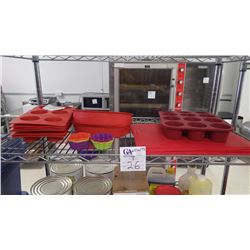 APPROX 7 SILICONE CUPCAKE TRAYS, APPROX 9 RECTANGULAR SILICONE PADS, 2 ROUND SILICONE CAKE PANS, APP